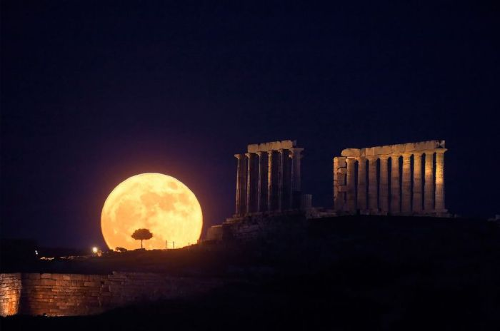 honey moon on friday the 13th//wanderaven