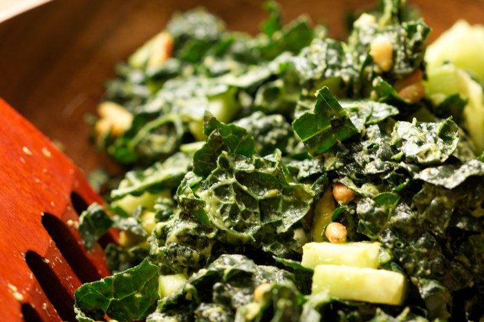 massaged chopped kale salad//wanderaven